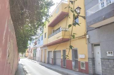 Ático en venta en Calle de la Laguna, Centro