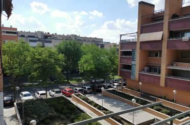 Piso de alquiler en Avenida Pintor Antonio López, La Tenería I – La Tenería II