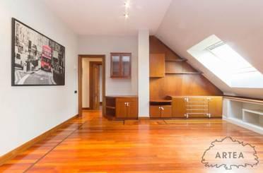 Ático de alquiler en Aita Lojendio Kalea, Bilbao