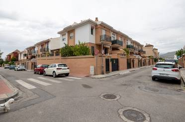 Casa adosada en venta en Ibiza, Ogíjares