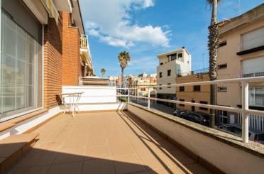 Casa adosada en venta en Canet de Mar