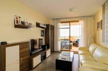 Apartamento de alquiler en Golf Bahía