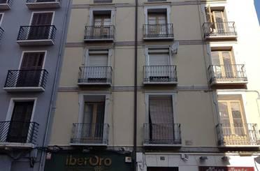 Piso en venta en C/ Azoque,  Zaragoza Capital