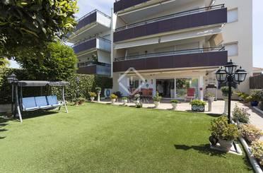 Apartamento en venta en Can Girona - Terramar - Vinyet