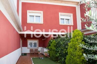 Haus oder Chalet zum verkauf in Isabel de Castilla, Urbanización San Isidro