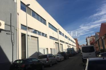 Nave industrial en venta en Almeda - El Corte Inglés