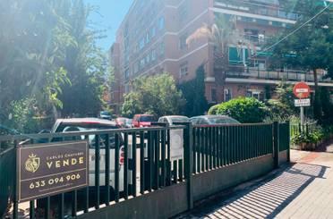 Piso en venta en Calle de Velayos,  Madrid Capital