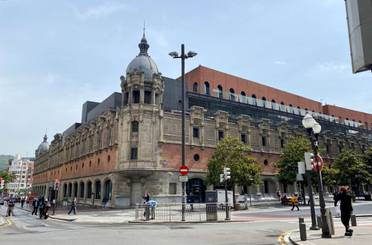 Piso en venta en Felipe Uhagón Alkatearen Kalea, Bilbao