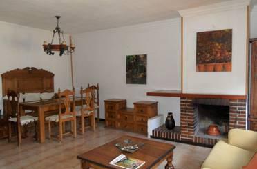 Casa adosada de alquiler en Colmenarejo