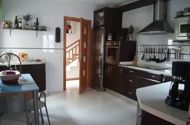 Casa adosada en venta en Doñinos de Salamanca