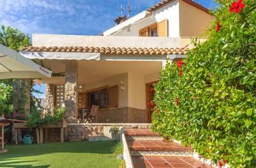 Casa adosada de alquiler en Carrer Remolins, Torreón - La Almadraba