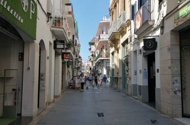 Local de alquiler en Carrer de Jesús, Centre