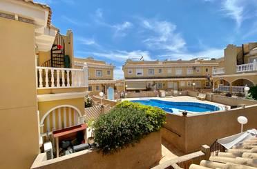 Casa adosada de alquiler en Algorfa