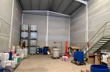 Fabrikhallen zum verkauf in Calle 9, Quartell