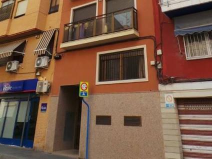 Magazzino  Calle valencia, 58. Si necesitas un espacio extra, lo has encontrado. el espacio ext