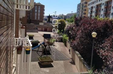 Dúplex en venta en Calle General Yagüe,  Logroño