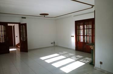 Casa adosada de alquiler con opción a compra en Calle Sur, Griñón