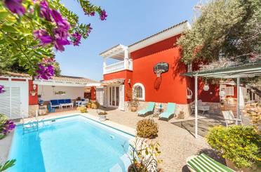 Casa adosada en venta en El Toro