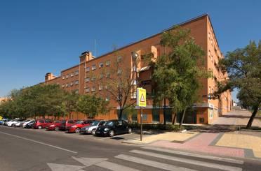 Local de alquiler en Parque Oeste - Fuente Cisneros