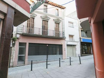 Building in Tordera. Edificio en venta en tordera (barcelona) ciudatans