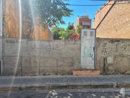 Solar urbano en Casc Antic. Solar en venta en tiana-pont vell, ripollet (barcelona) nord