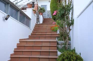 Casa adosada de lloguer amb opció a compra a Avinguda de Vallbona, Nou Barris