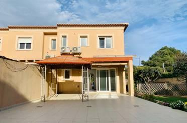 Casa adosada de alquiler en Las Rotas / Les Rotes