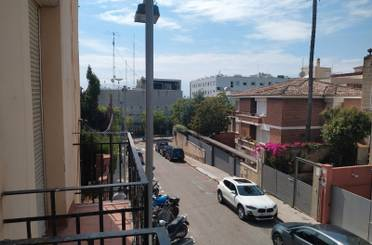 Piso para compartir en Carrer de Mossèn Vives,  Barcelona Capital