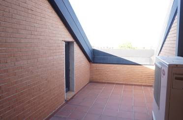 Dúplex de alquiler en Juan Antonio Vallejo Najera, Boadilla del Monte