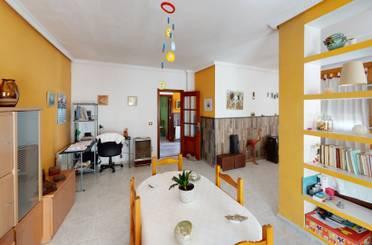 Casa adosada de alquiler en Trujillanos