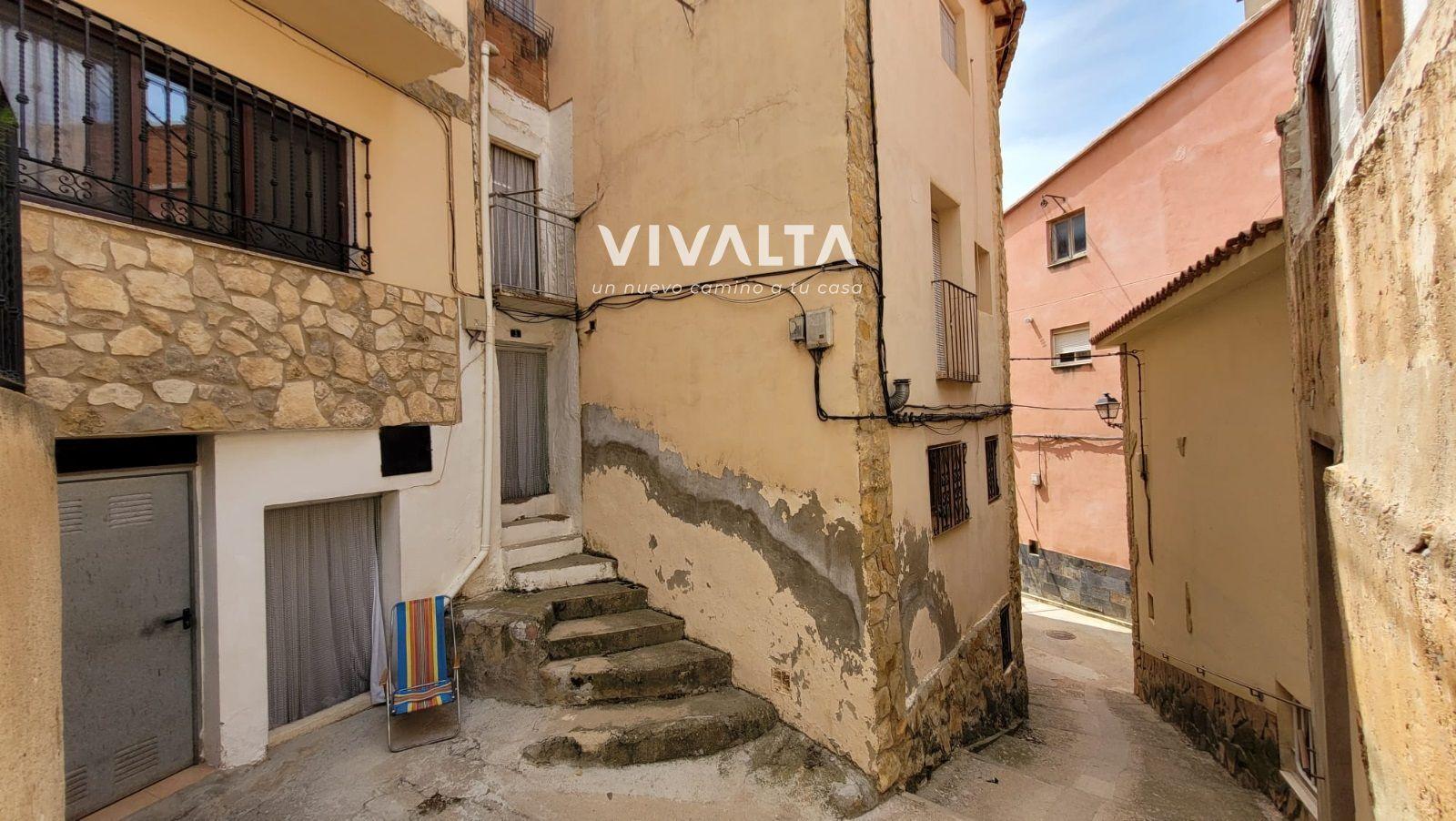 Haus  Molino. Casa en venta en ademuz, con 118 m2 y 4 habitaciones y 1 baños.