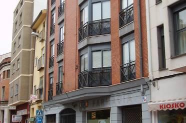 Apartamento de alquiler en Calle de Ramón y Cajal, Centro