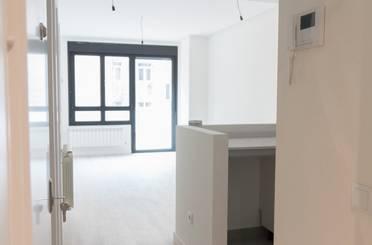Apartamento de alquiler en Avenida de Torrelavega, Fozaneldi - Tenderina