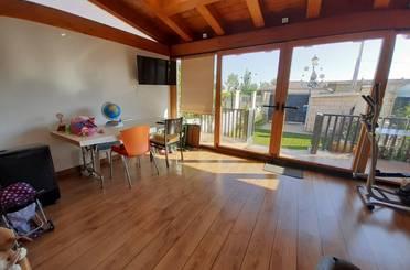 Casa adosada en venta en Del Olmo, Sotragero