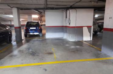 Garaje de alquiler en Carrer de Cervelló, Martorell