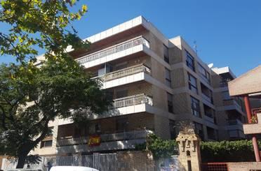 Piso en venta en Ruiseñores,  Zaragoza Capital