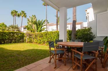 Casa adosada de alquiler vacacional en Bahia de Marbella, 2, Marbella