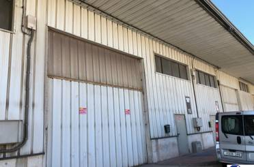 Fabrikhallen zum verkauf in Pinseque