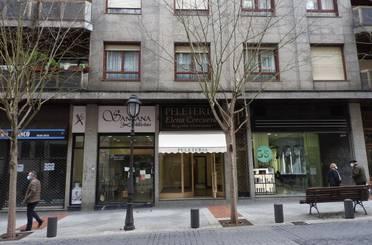 Local de alquiler en Alameda Gregorio de la Revilla, Bilbao