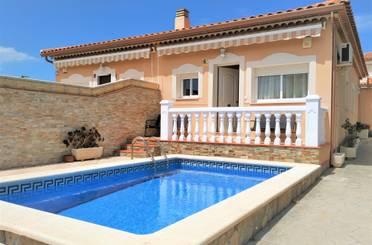 Casa adosada de alquiler vacacional en Carrer Illes Balears, 8, Mont-roig del Camp