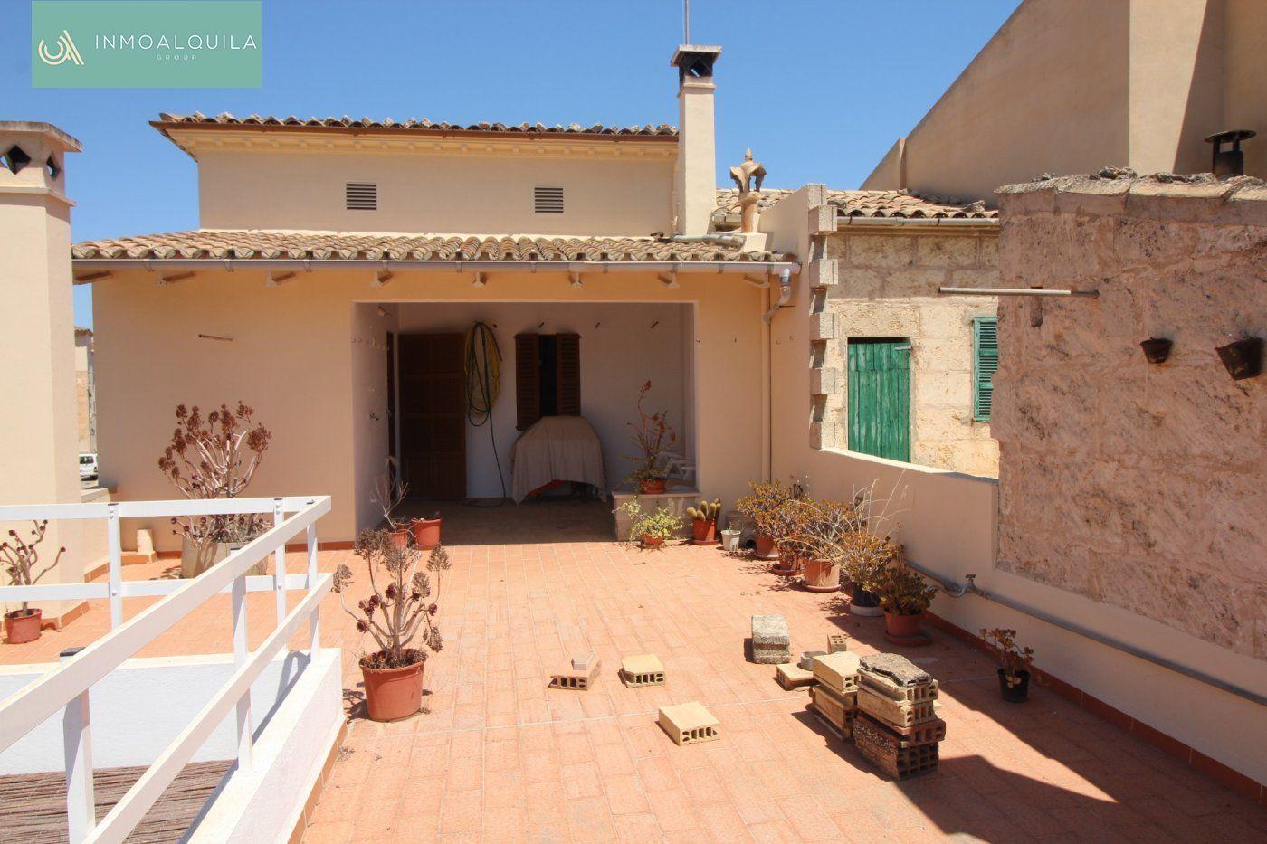 Rent House  Muro ,muro. Casa de pueblo en muro 3 hab, 2 baños, terraza y garaje