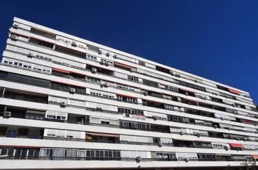 Piso en venta en Calle de la Isla de Tavira,  Madrid Capital