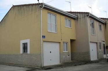Casa adosada en venta en Celada del Camino
