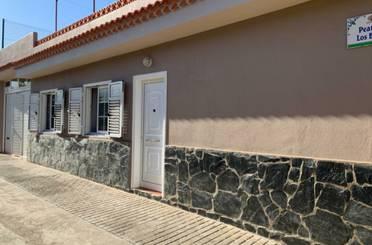 Casa adosada en venta en Calle Los Barbuzanos, La Guancha
