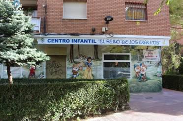 Local de alquiler en Lope de Figueroa, Alcalá de Henares