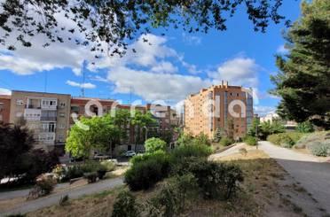 Piso en venta en De Extremadura,  Madrid Capital