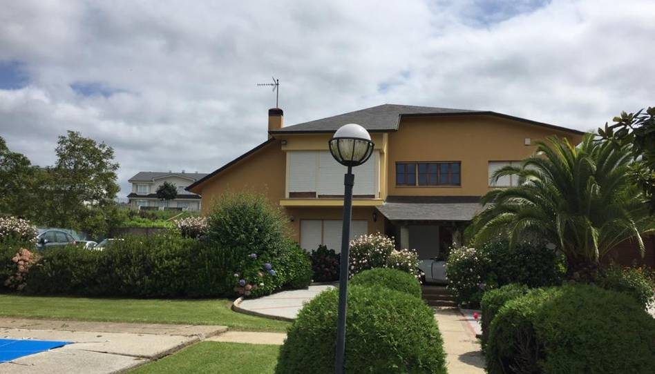 Foto 1 de Casa o chalet en venta en Oleiros pueblo, A Coruña