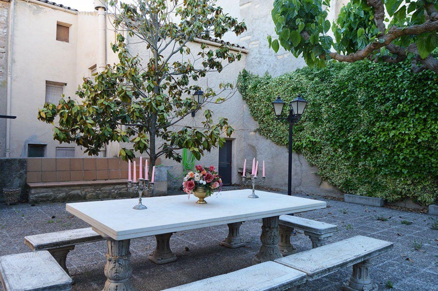Casa  Pira ,zona poble. Casa de pueblo en venta de 225 m2 con jardin 73 m2 y amueblado e