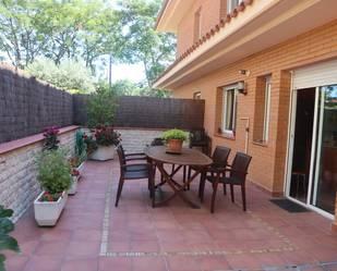 Casa adosada en venta en Cerdanyola del Vallès
