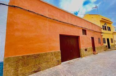 Casa adosada de alquiler con opción a compra en Chío
